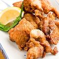 料理メニュー写真自家製若鶏の唐揚げ