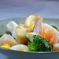 料理メニュー写真海老のフリッター/銀杏・百合の根と海鮮炒め