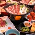 料理メニュー写真鴨の陶板焼き・ぶえん鰹のタタキなど大満足の「大人の粋コース」