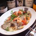 料理メニュー写真お魚まるごと 鮮魚のアクアパッツァ