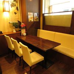 CHINA DOLL チャイナドール 新宿 グランドタワー本店の雰囲気1