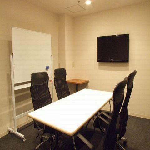 会議室を多数完備!1時間3000円2時間5000円