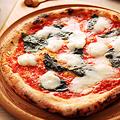 料理メニュー写真SOL特製 本格Pizza マルゲリータ