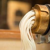 独自配合の自家製の米粉生めんパスタを使用◎
