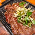 料理メニュー写真牛肉のステーキ ~自家製香草バター醤油風味~