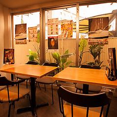 2名様、3名様用テーブル席です★~水炊き・焼き鳥 とりいちず 目白駅前店~☆