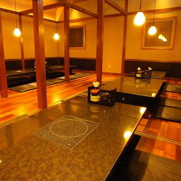 個室 魚と黒豚 まん 横浜店の雰囲気1