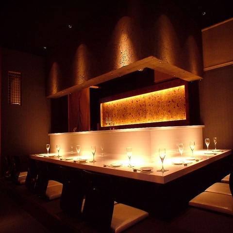 名物「フォアグラ天ぷら串や生牡蠣」「串揚天ぷら×ワイン」洗練された和の個室空間!