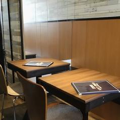 2名ソファーテーブル席