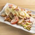 料理メニュー写真焼き白菜のシーザーサラダ