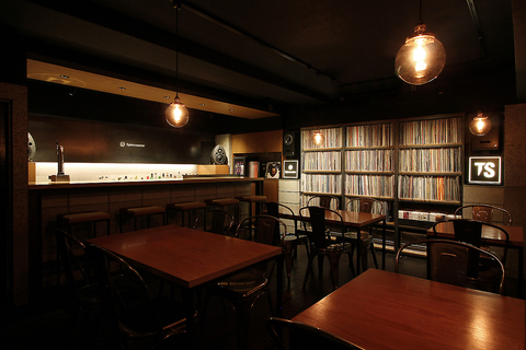 Spincoaster・Music・Bar