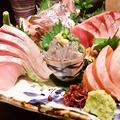料理メニュー写真【築地から(時には産地直送!!)】鮮魚のお刺身