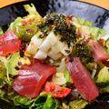 料理メニュー写真まぐろとアボカドと山芋のサラダ