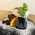 料理メニュー写真とろける生ちょこオレオケーキ