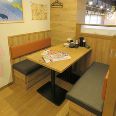 少人数でのご利用に最適なBOXタイプのテーブル席です。