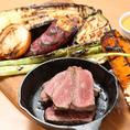 DUMBOに来たらやっぱり肉!牛、豚、チキンでご用意しております♪コースだとよりお得にお楽しみいただけますので、要チェック★また、新鮮野菜を使ったサラダや旬の野菜を使ったグリルなど、野菜料理もたっぷりご用意しております!