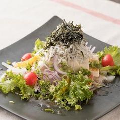 豆腐としらすのネギ塩サラダ