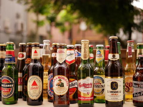 【谷根千の開放テラスで】世界のビール30種とワイン、カクテルが飲める90分単品飲み放題⇒2200円