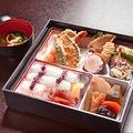 料理メニュー写真弁当+天ぷら
