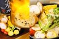 料理メニュー写真本日の朝獲れ三浦野菜のオーブン焼き~特製焦がしチーズソースがけ~