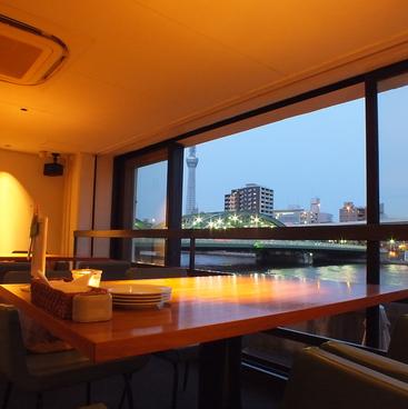 シエロイリオ Riverside Cafe Cielo y Rioの雰囲気1