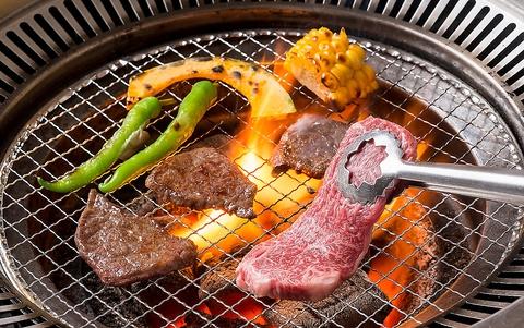 牛を育てるプロ×職人の匠の技×美味しさを引き立てる炭火、それが「うしかい」です