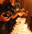 結婚式の二次会のサプライズに!シャンパンタワーでお祝いしよう♪