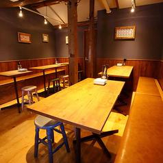 貝と白ワインのバル KAKIMARU 京都七条店の雰囲気2