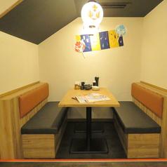 プライベート空間たっぷりのBOXタイプのテーブル席です。