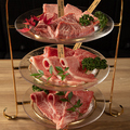 料理メニュー写真神戸牛vs特選和牛 600g