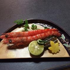 料理メニュー写真活き海老塩焼き(2本)