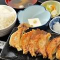 料理メニュー写真餃子定食(シングル 6個)