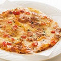 料理メニュー写真トマト&チーズピザ