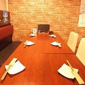 各テーブル席は、カーテンを降ろせば、半個室でお使いいただけます♪ 大宮/居酒屋/女子会/しゃぶしゃぶ/宴会
