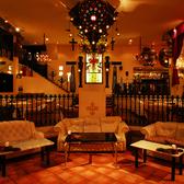 中世ヨーロッパの教会のような空間。プライベートなお食事から貸切パーティーまで幅広くご利用頂けます。