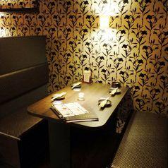 隠れ家的な半個室は大人のデートにもお薦め