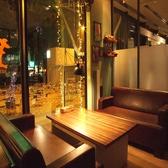 猿カフェ テレビ塔店の雰囲気2