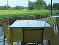4人掛けのテーブル(窓際3)