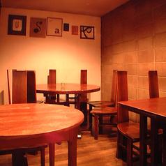 2~4名様向けのテーブル席多数