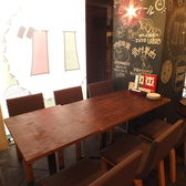 4名用のテーブル席は女子会・合コンにもおすすめ♪