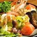 料理メニュー写真魚介類のサラダ