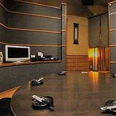 テレビつき!様々な大きさの個室をご用意しております!