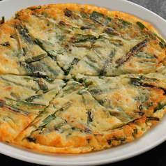 料理メニュー写真ヘルシー野菜チヂミ/自家製キムチチヂミ