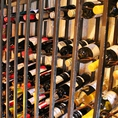 ワイン、いっぱい並べてますよ!!!