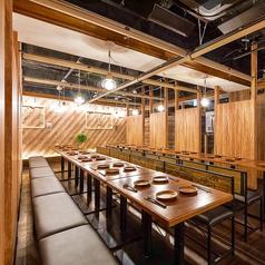 鶏&チーズバル ToRichi トリッチ 三宮店の雰囲気3