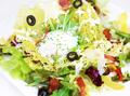 料理メニュー写真パルメジャーノを贅沢に!シーザーサラダ