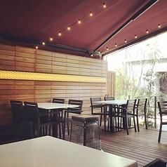 【テラス席:2名~24名】開放的なテラス席!快適な空間でゆっくりとお食事をお楽しみ頂けます!!さらにペットもOK♪ぜひご利用ください!