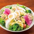 料理メニュー写真シャキシャキ野菜の彩サラダ