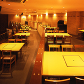 3階スペースは90名様まで貸切対応可能。