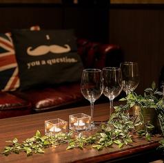 重厚感のあるソファーは、デートにもお食事会にもご利用いただけます。各種パーティーにも最適です!
